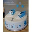 le gâteau chaussures bébé converse