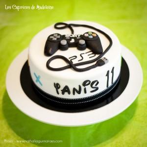 gâteau manette jeux vidéo PS3