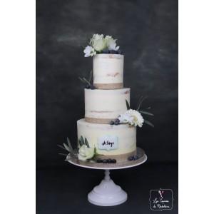 gâteau baptême fleurs fraiches